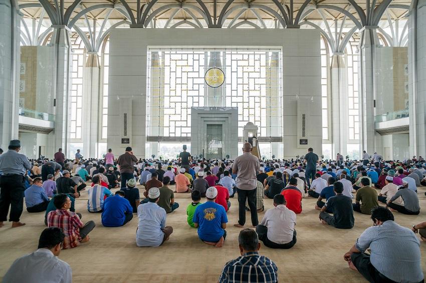 อิสลามาภิวัตน์ในมาเลเซีย